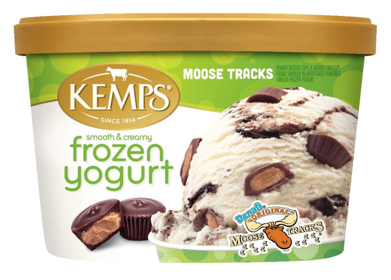 Moose Tracks Frozen Yogurt (1.5qt.)